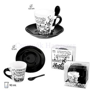 Eszpresszó csésze tányérral, fekete-fehér zenei mintával